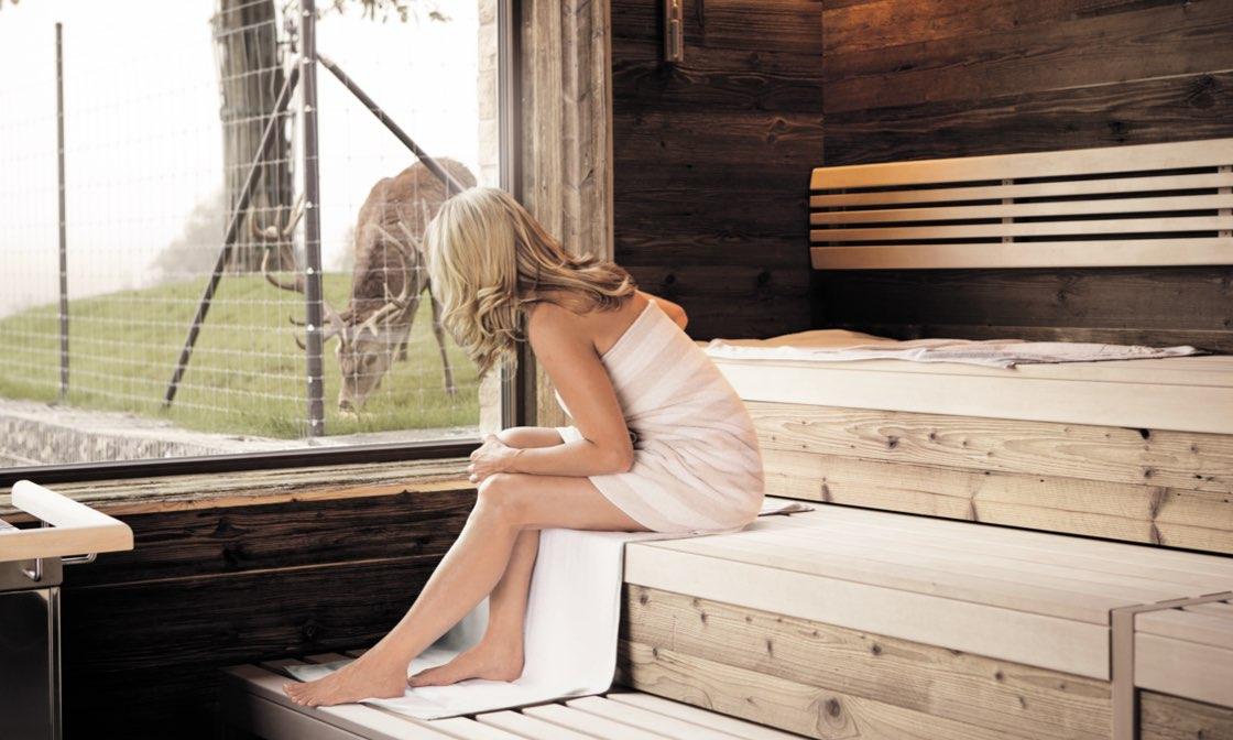 Sauna mit Blick auf die Hirsche